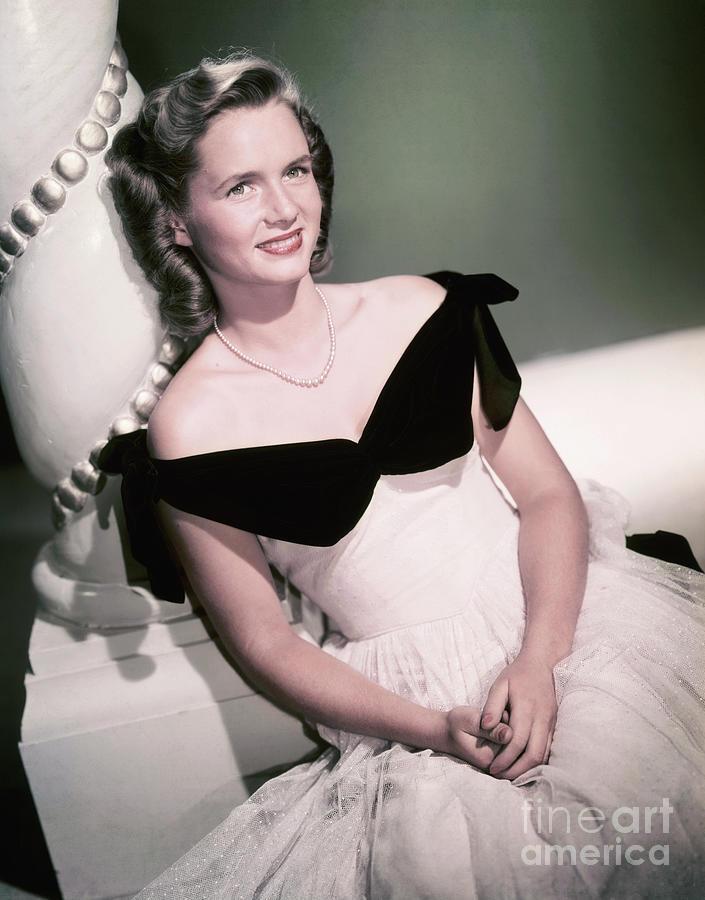 Actress Debbie Reynolds Photograph by Bettmann