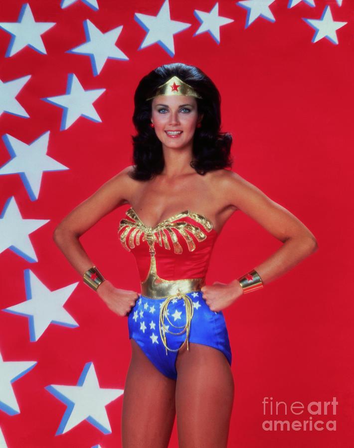 Actress Lynda Carter As Wonder Woman Photograph by Bettmann