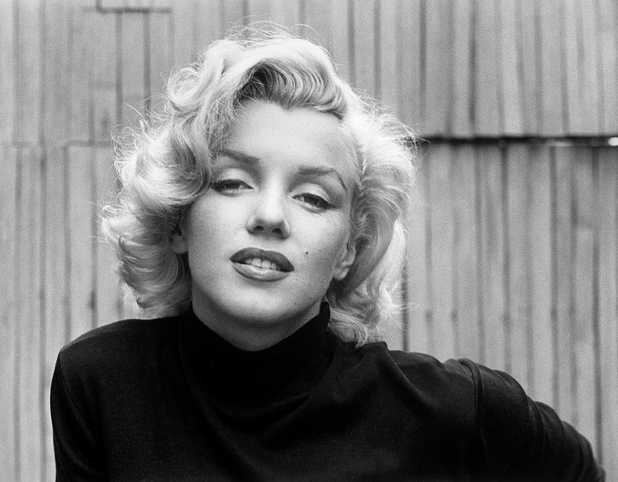 Actress Marilyn Monroe At Home Photograph by Alfred Eisenstaedt