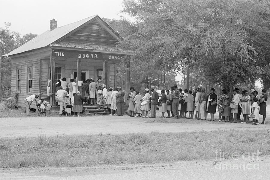 African Americans Voting In Alabama Photograph by Bettmann