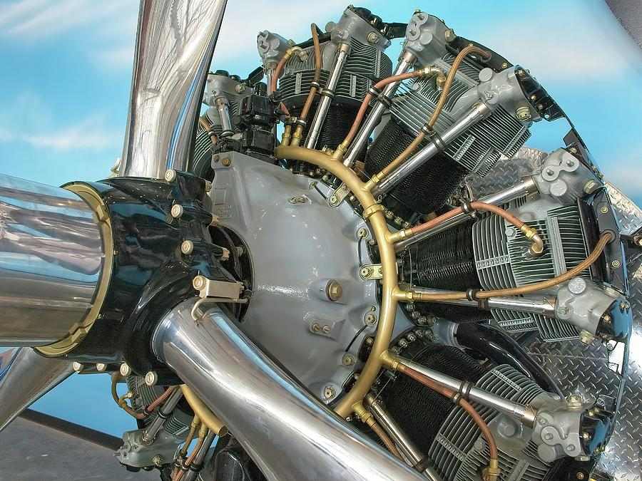 Aircraft Engine in color by Ludwig Keck