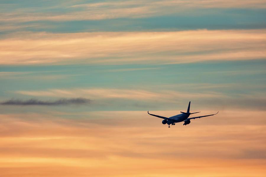 Airplane by Fabrizio Troiani