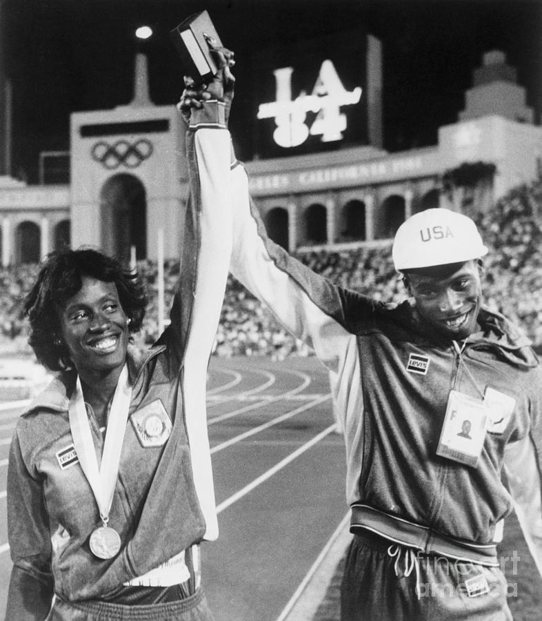 Al And Jackie Joyner At Olympic Games Photograph by Bettmann