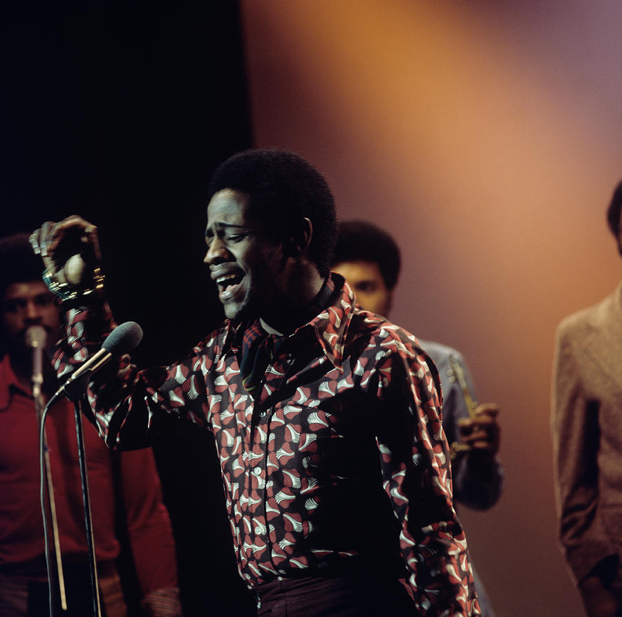 Al Green Performs On Tv Show Photograph by Tony Russell