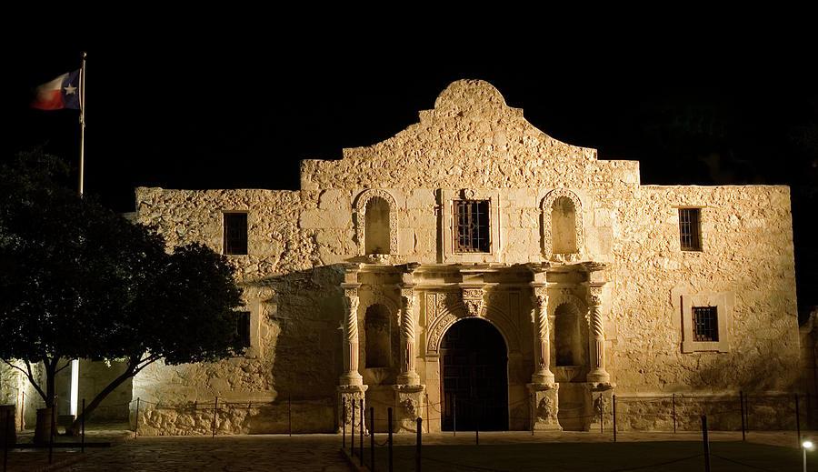 Alamo At Night Photograph by Gwmullis