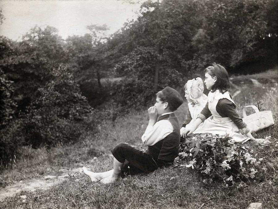 Girl Painting - Alexander Keighley - Children On A Picnic, Ca 1890 by Alexander Keighley