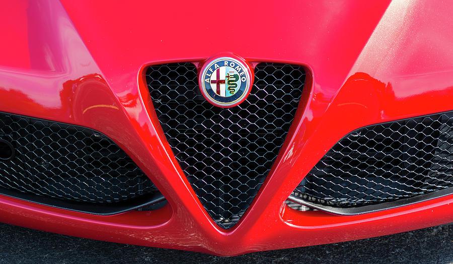 Alfa Romeo by Stewart Helberg