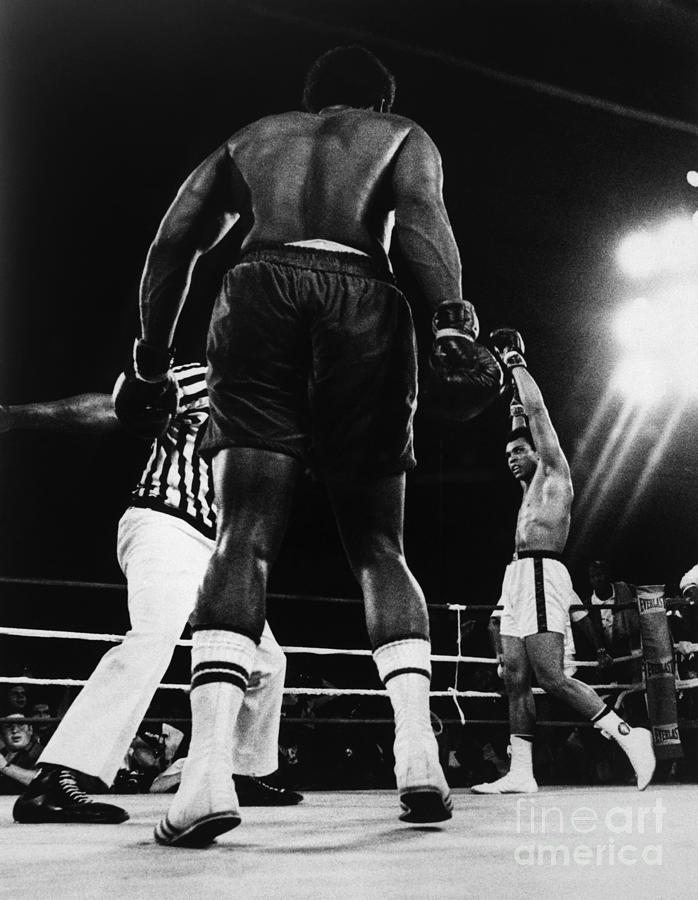 Ali Beats Forman In Kinshasa Photograph by Bettmann