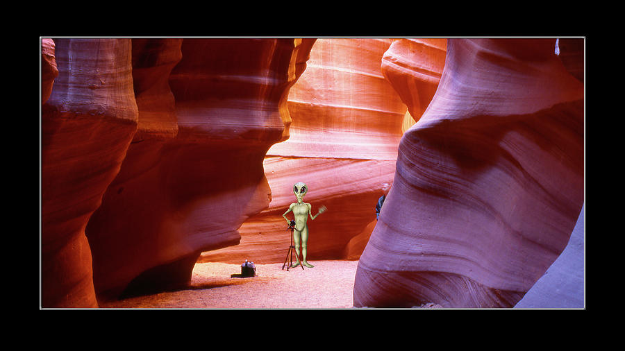Alien Vacation - Page Arizona by Mike McGlothlen