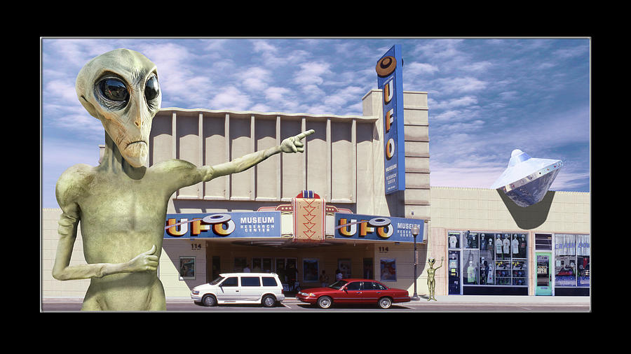Alien Vacation - Roswell by Mike McGlothlen