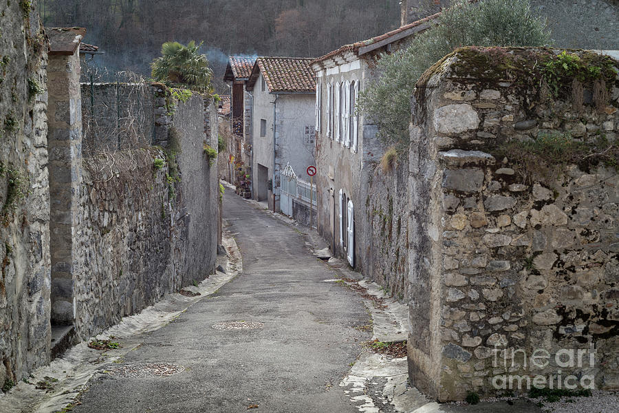 Alleyway In South France by Perry Rodriguez