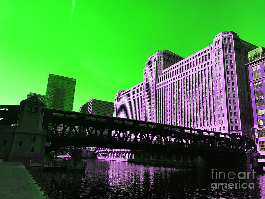Alluring Metropolitan Green Pyrography
