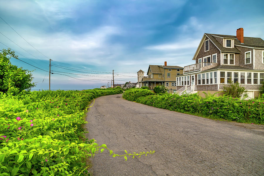 Kennebunkport Photograph - Along The Coast Maine by Betsy Knapp