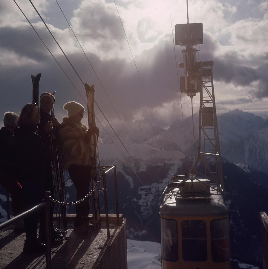 Alpine Skiing Photograph by Slim Aarons