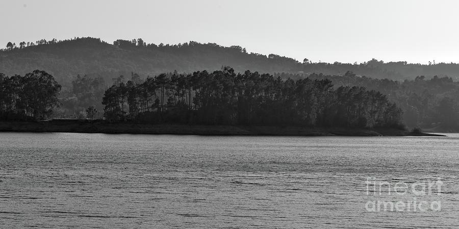 Amendoa Lake View by Angelo DeVal