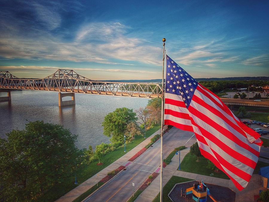 America by Tony HUTSON