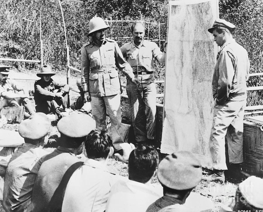 American Colonel Cochran And British Photograph by Bettmann