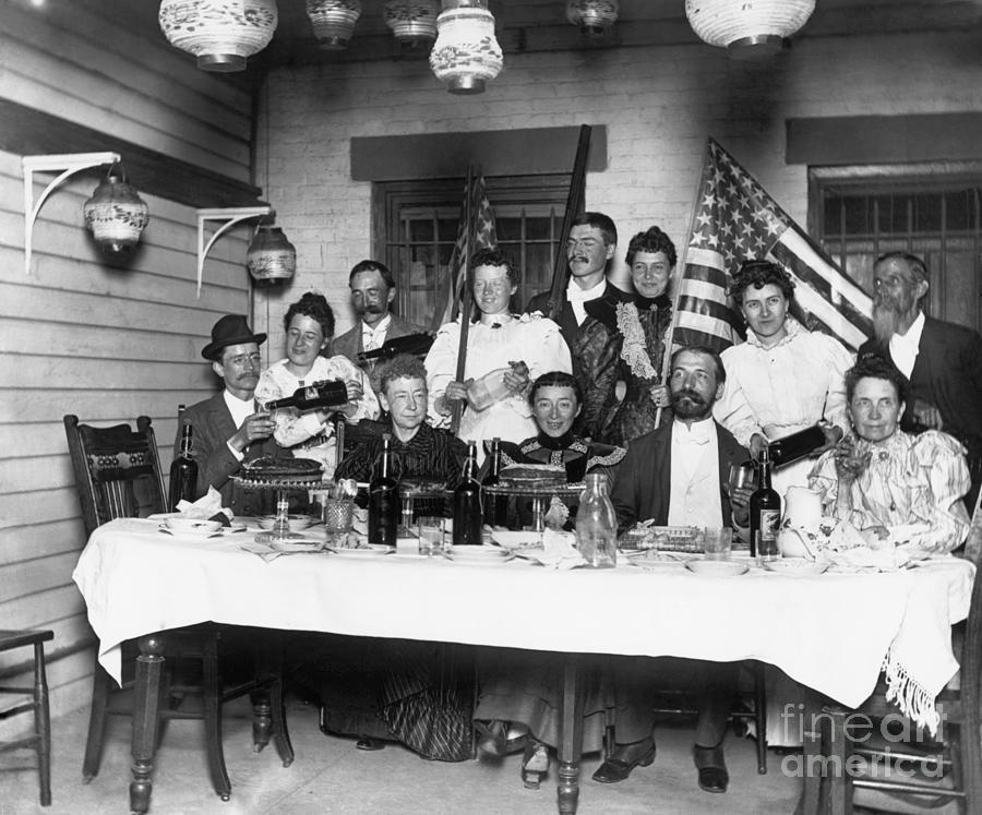 American Family Pouring Liquor Photograph by Bettmann