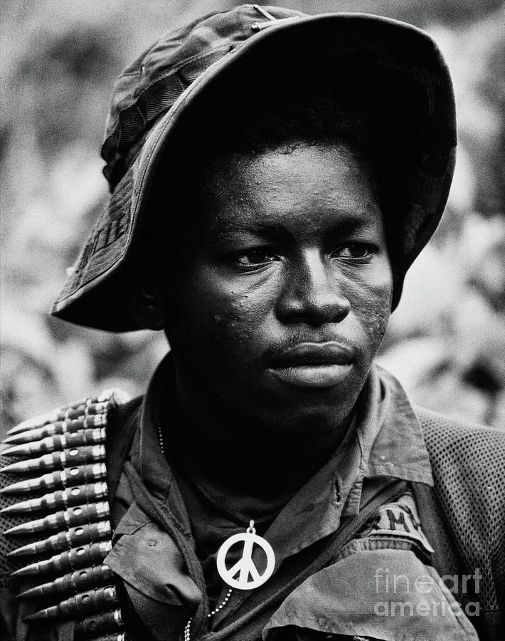 American Gi In Vietnam Photograph by Bettmann