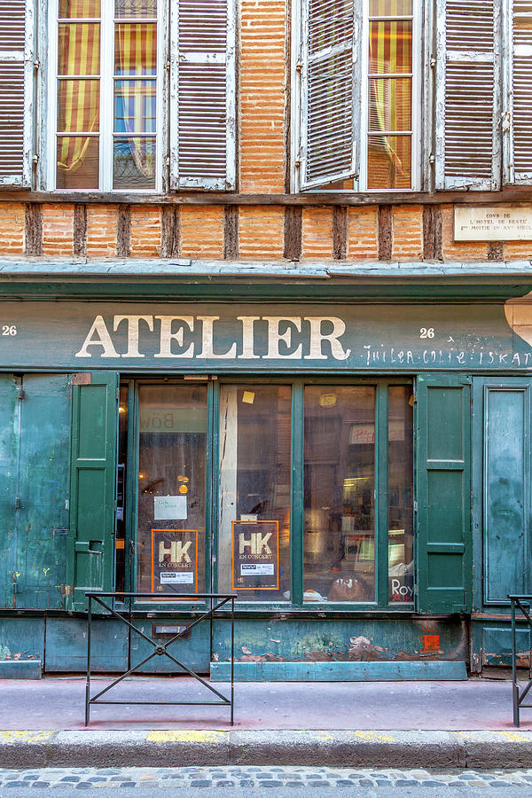 Atelier Photograph - An Atelier In Toulouse by W Chris Fooshee