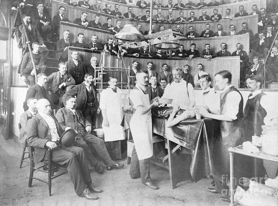 An Early Operative Surgical Procedure Photograph by Bettmann