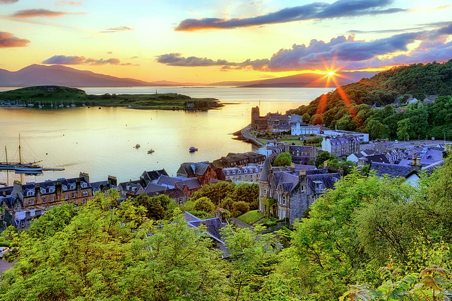 An Oban Sunset - Scotland - Landscape by Jason Politte