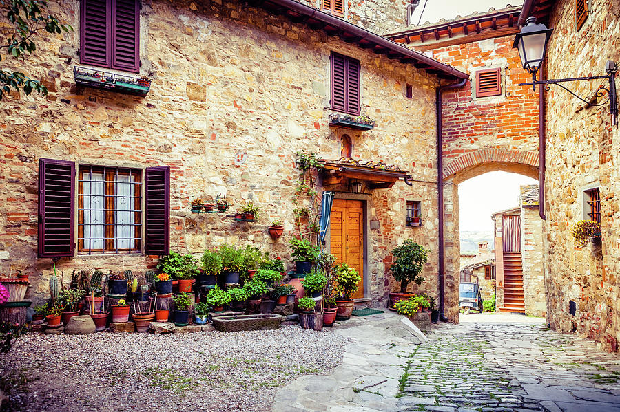 Ancient Village In Tuscany, Italy Photograph by Giorgiomagini