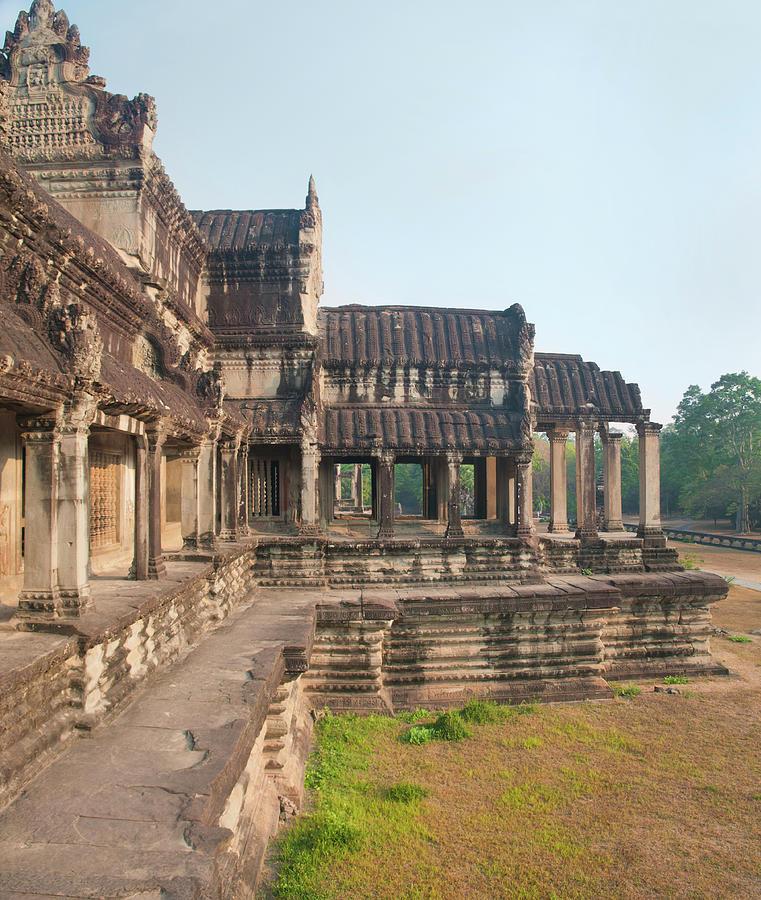 Angkor Wat Cambodia Photograph by Leezsnow