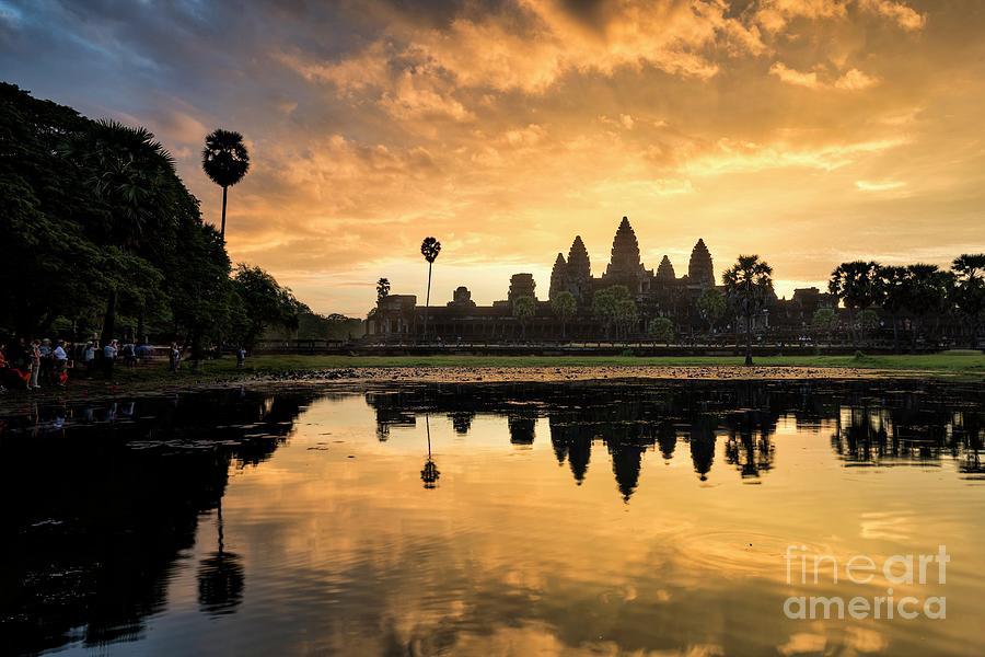 Angkor Wat Photograph by Tumjang