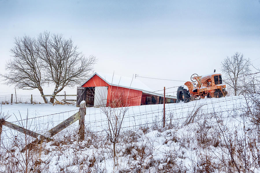 Antiqu Tractor and Barn #2901 by Susan Yerry