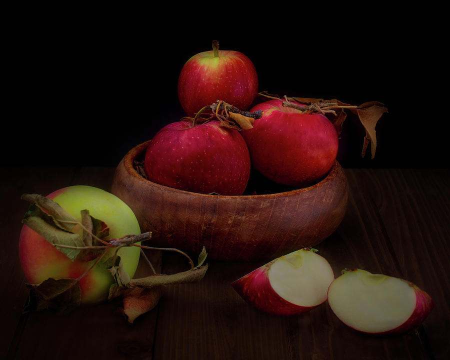 Apple harvest in California by Alessandra RC