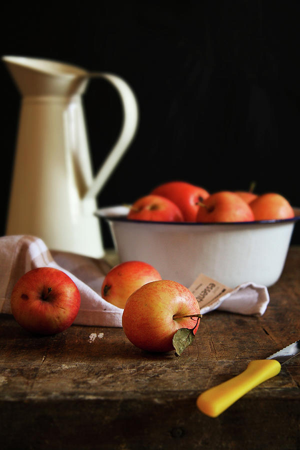 Apples And Bowls Photograph by 200