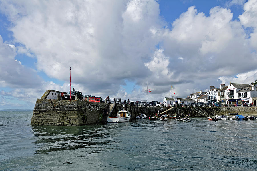 Approaching St Mawes Pier and Harbour by Rod Johnson