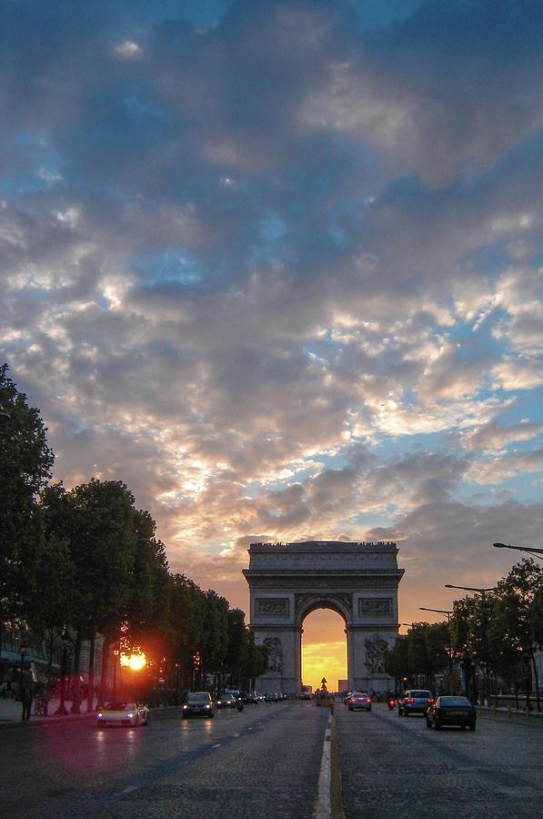 Arc de Triomphe by Dimitris Sivyllis