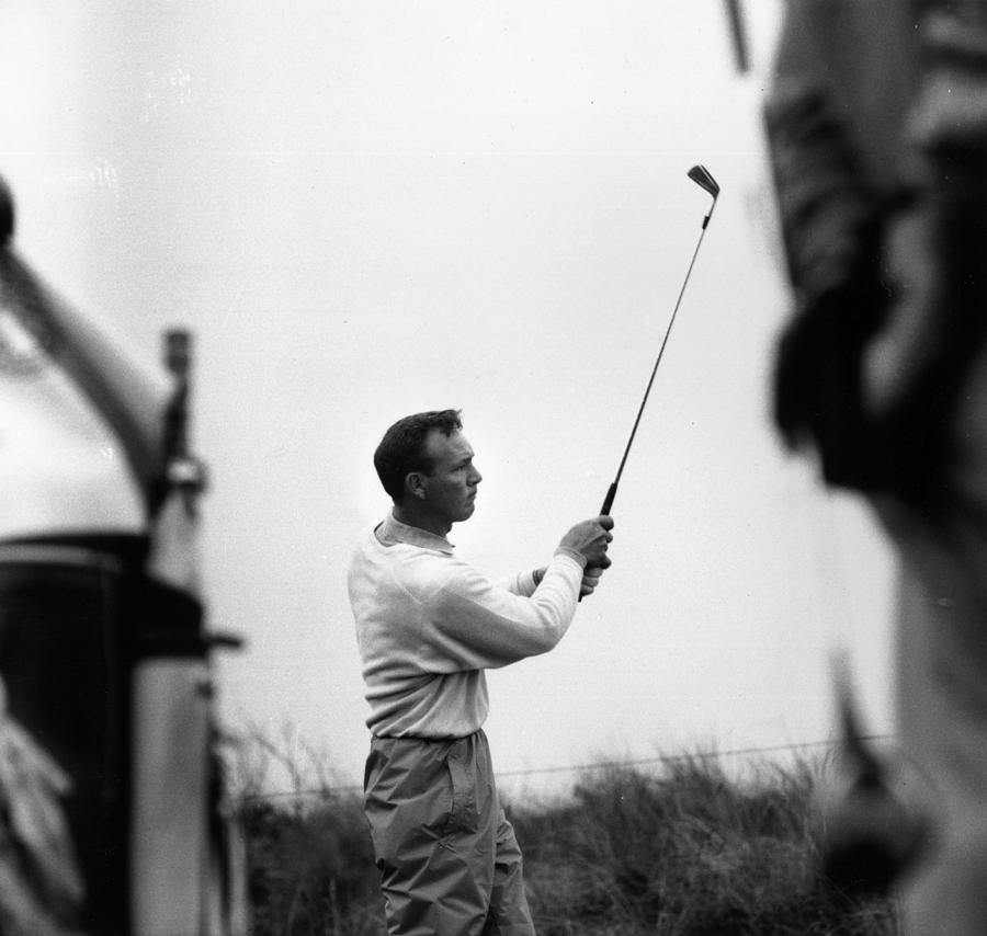 Arnold Palmer Photograph by Evening Standard