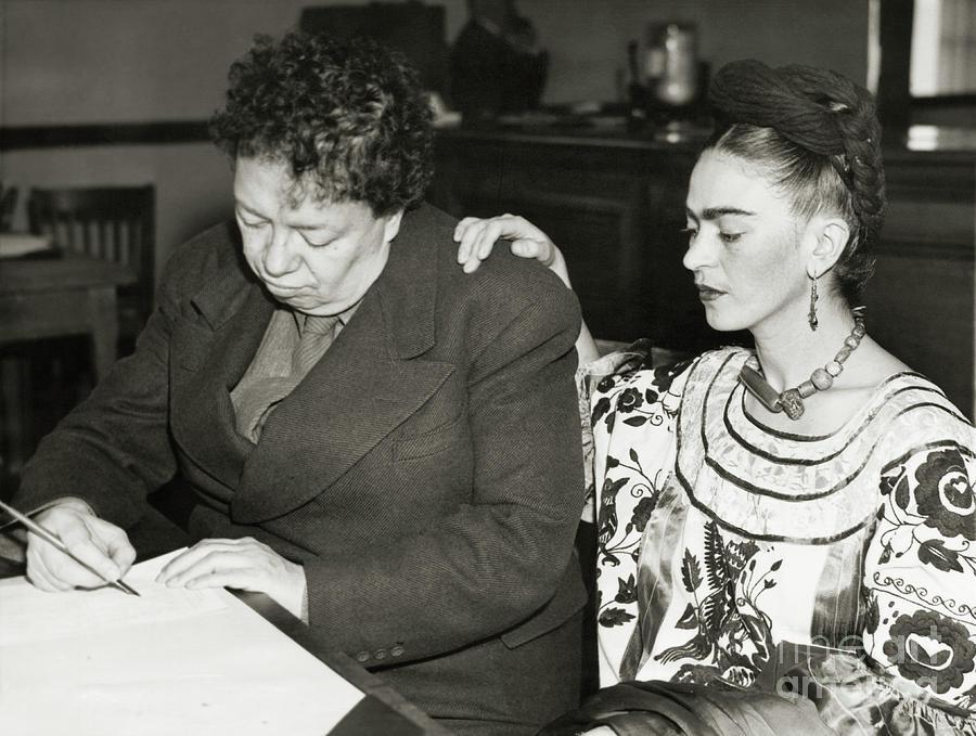 Artists Diego Rivera And Frida Kahlo Photograph by Bettmann