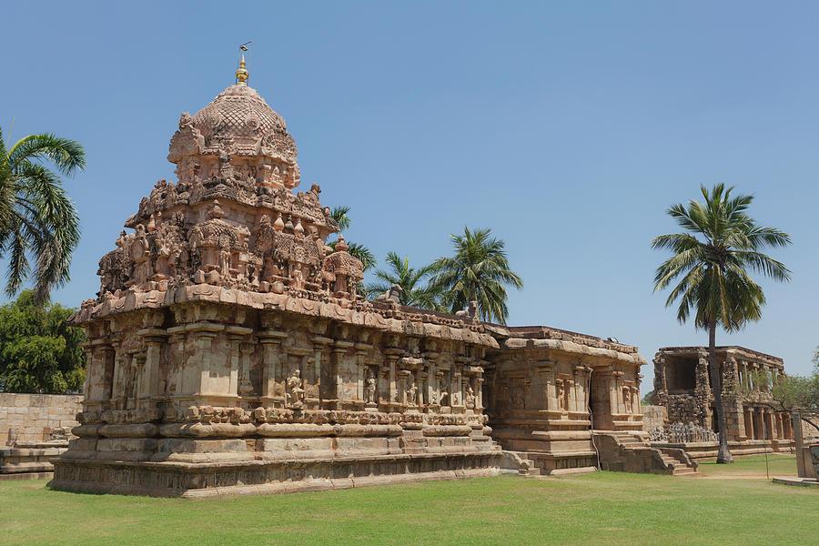 Asia, India, Tamil Nadu, Gangaikonda Cholapuram, Brihadisvara Temple by Maria Heyens