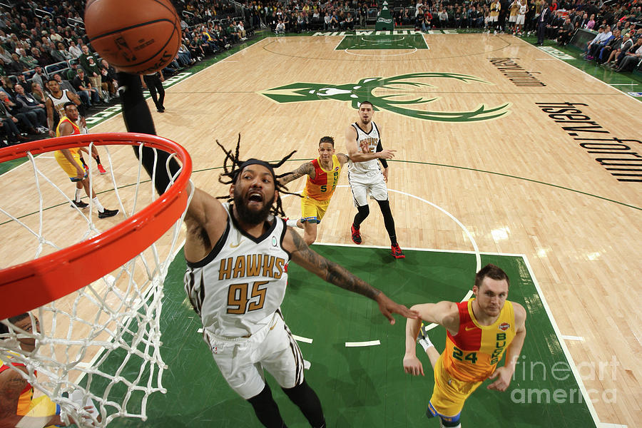 Atlanta Hawks V Milwaukee Bucks Photograph by Gary Dineen