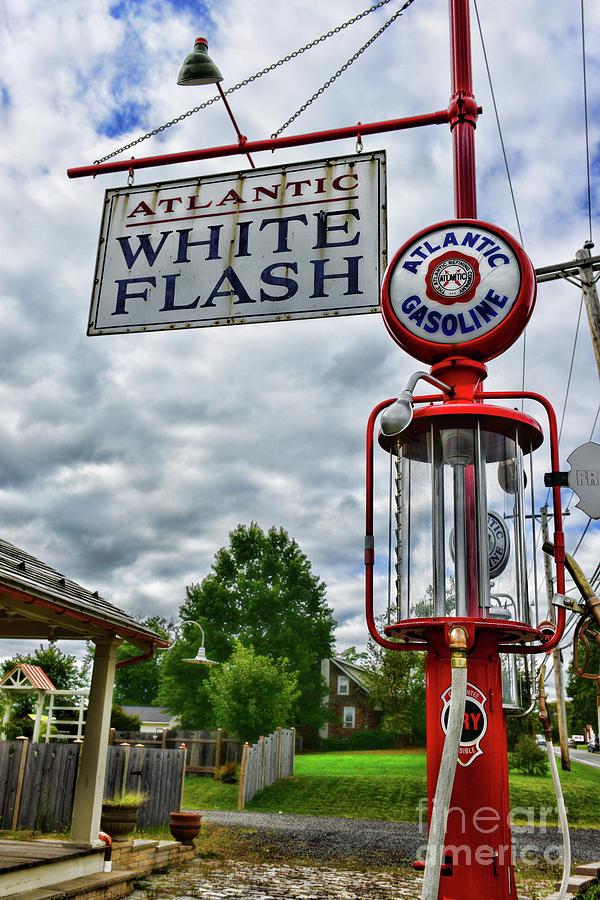 Atlantic Gasoline Visible Gas Pump