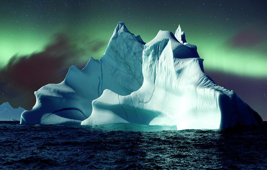 Aurora Over Icebergs Photograph by Richard Mcmanus