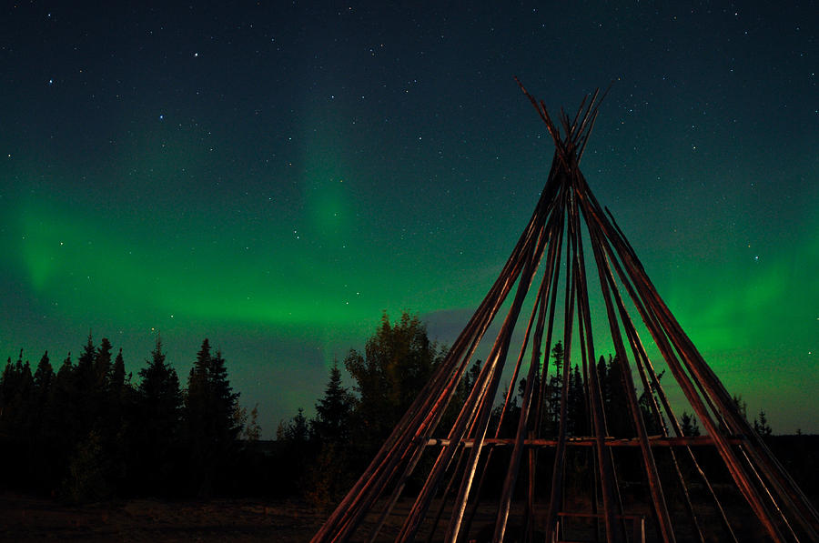 Aurora, Quebec 18 by Carl Young