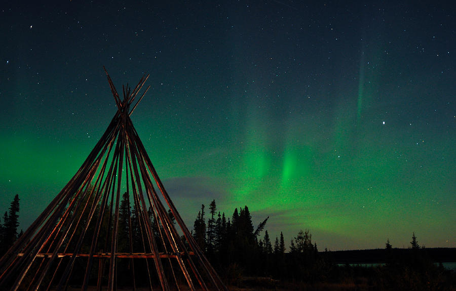 Aurora, Quebec 20 by Carl Young