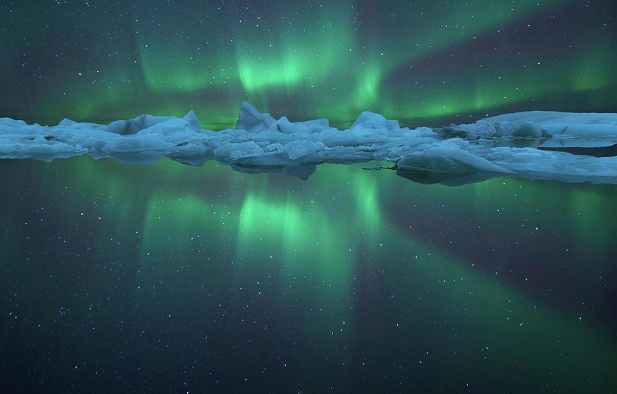 Aurora Reflection At Jokulsarlon Photograph by Peerakit Jirachetthakun