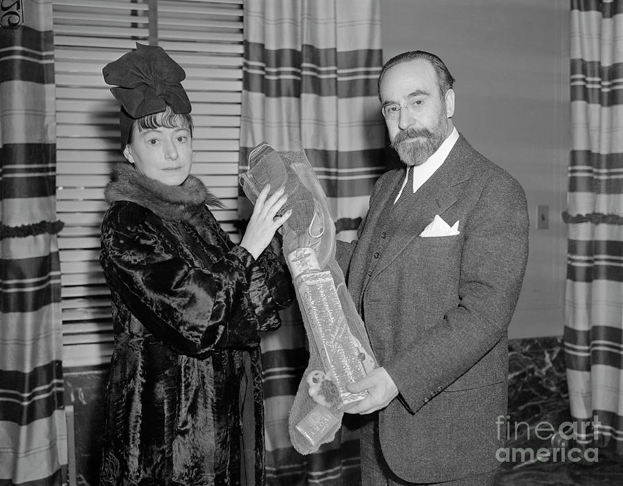 Author Dorothy Parker With Ambassador Photograph by Bettmann