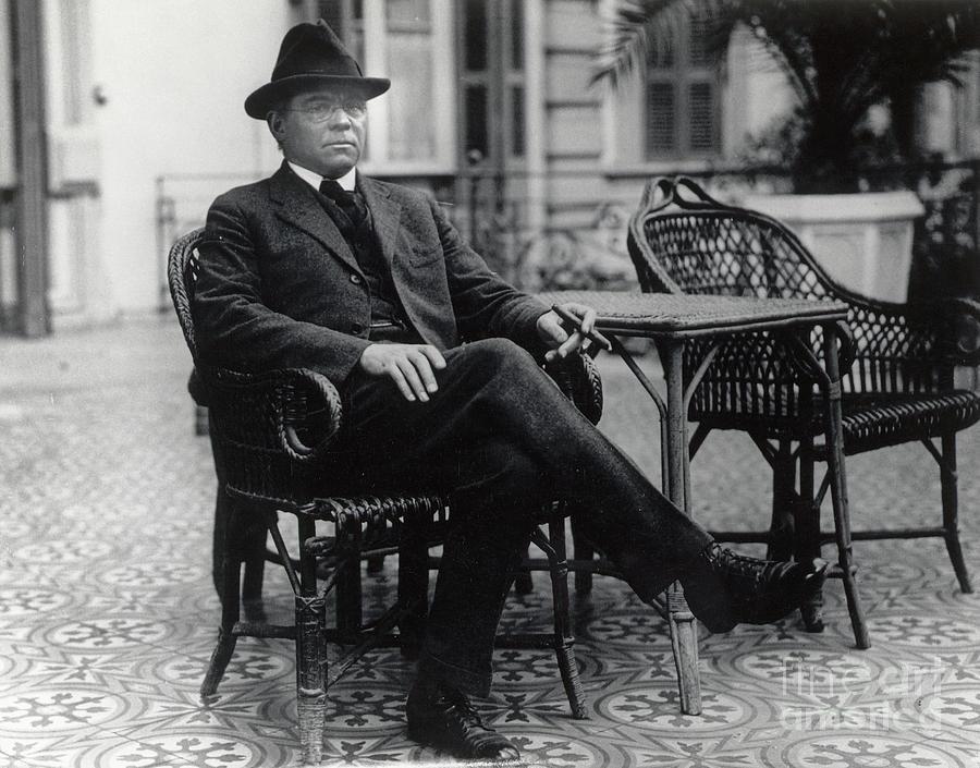 Author Edgar Lee Masters In Egypt Photograph by Bettmann
