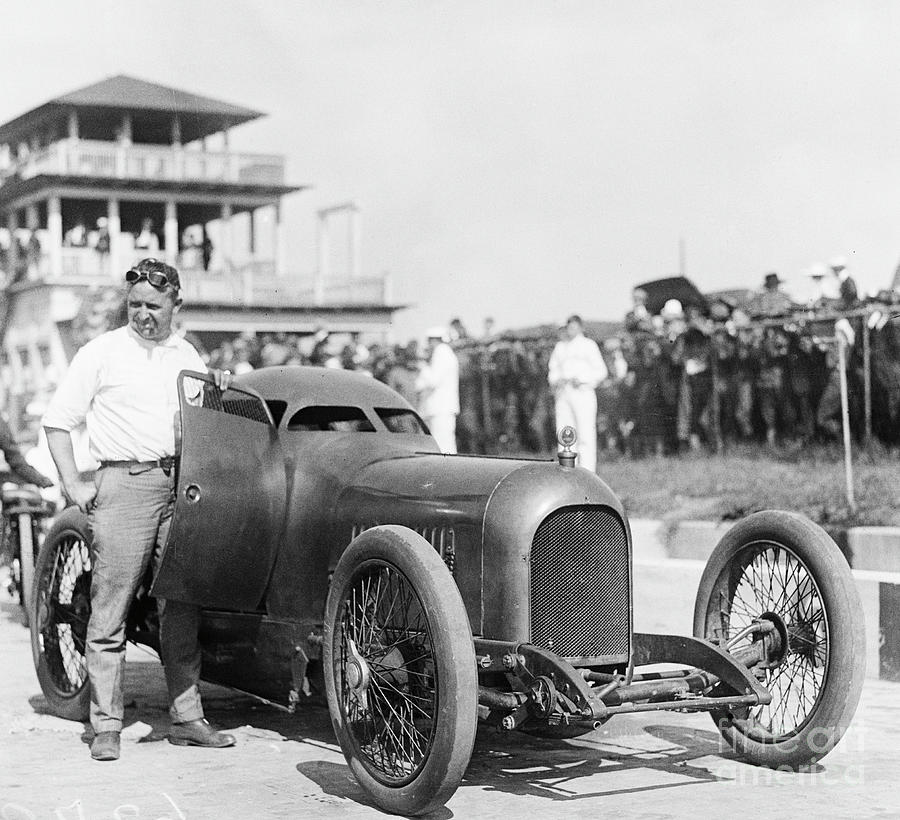 Auto Racer Barnby Oldfield And Race Car Photograph by Bettmann
