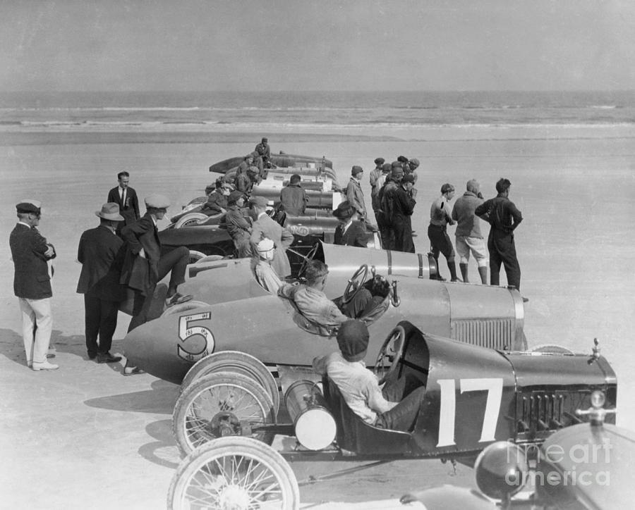 Auto Racing On Beach Photograph by Bettmann