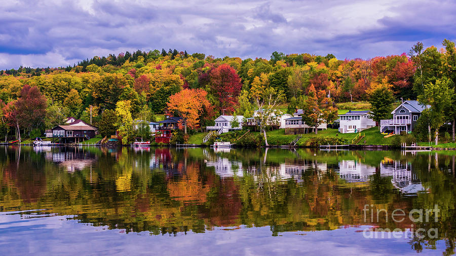 Autumn at the lake. by Scenic Vermont Photography