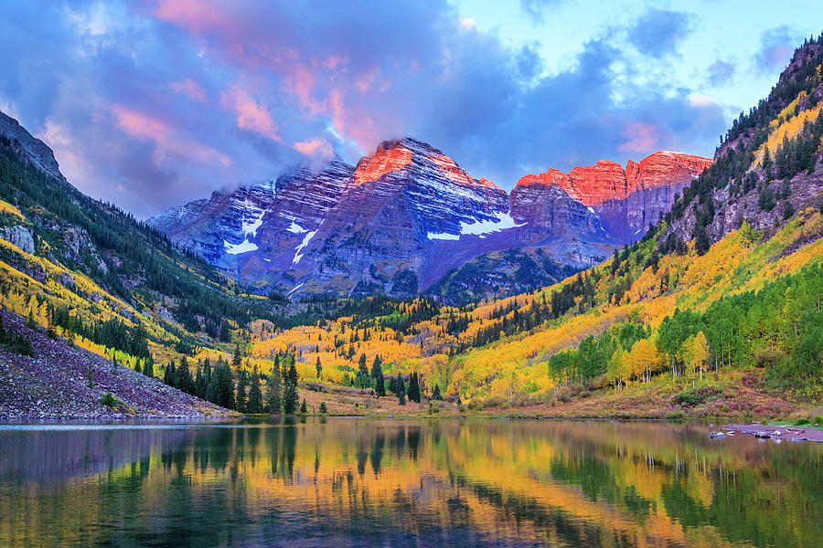 Autumn Colors At Maroon Bells And Lake Photograph by Dszc
