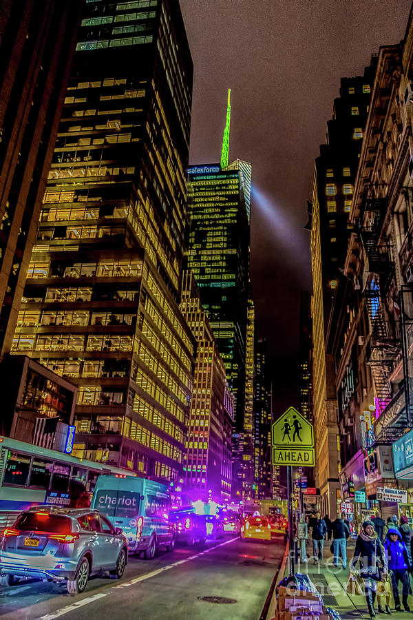 Avenue of the Americas Manhattan by Thomas Marchessault